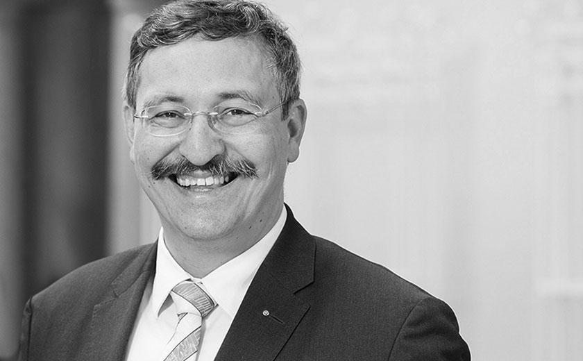 Prof. Dr. Michael Hengartner